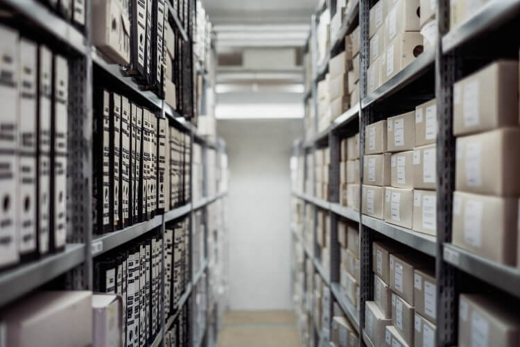 archived records in warehouse
